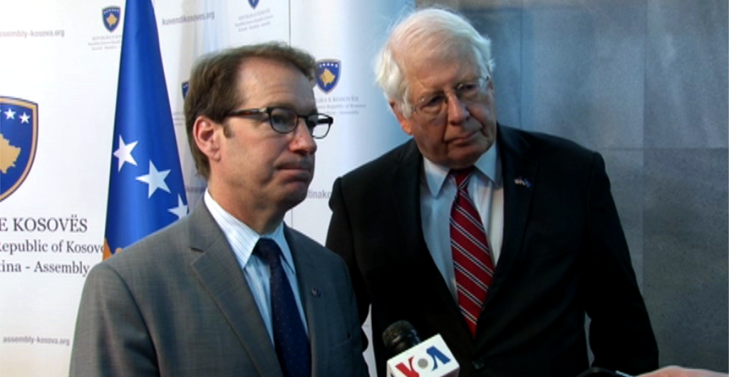 Interview of Congressman Roskam and Congressman Price with Voice of America - photo by VOA